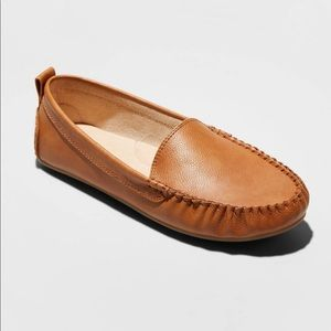 Kirby Faux Leather Moccasin Flat Loafers Un thread